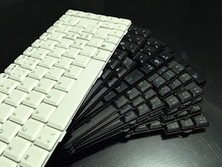 Cara Melepas/Mengganti Keyboard Laptop dengan Mudah