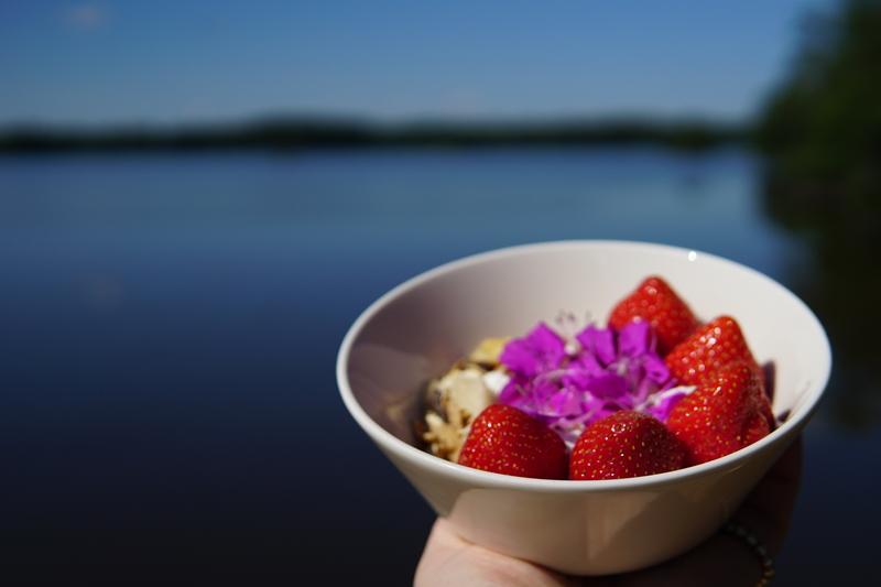sonata, mansikka, aamiainen
