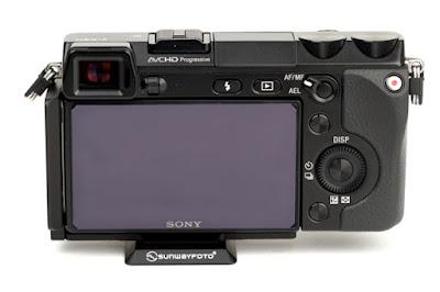 Sunwayfoto PSL-N7 on SONY NEX-7 back view