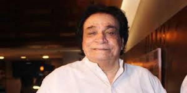 Kaadar-khan-comedy-ke-estambh-they-suneel-pal