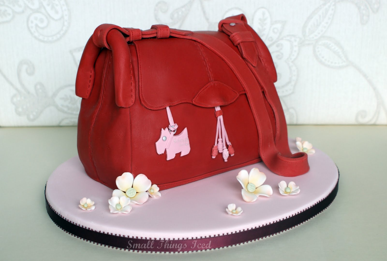 Small Things Iced Radley Handbag Cake