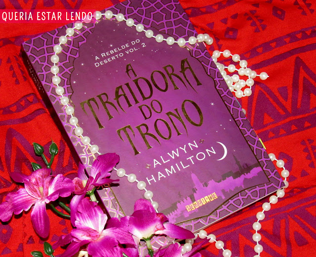 Resenha: A Traidora do Trono