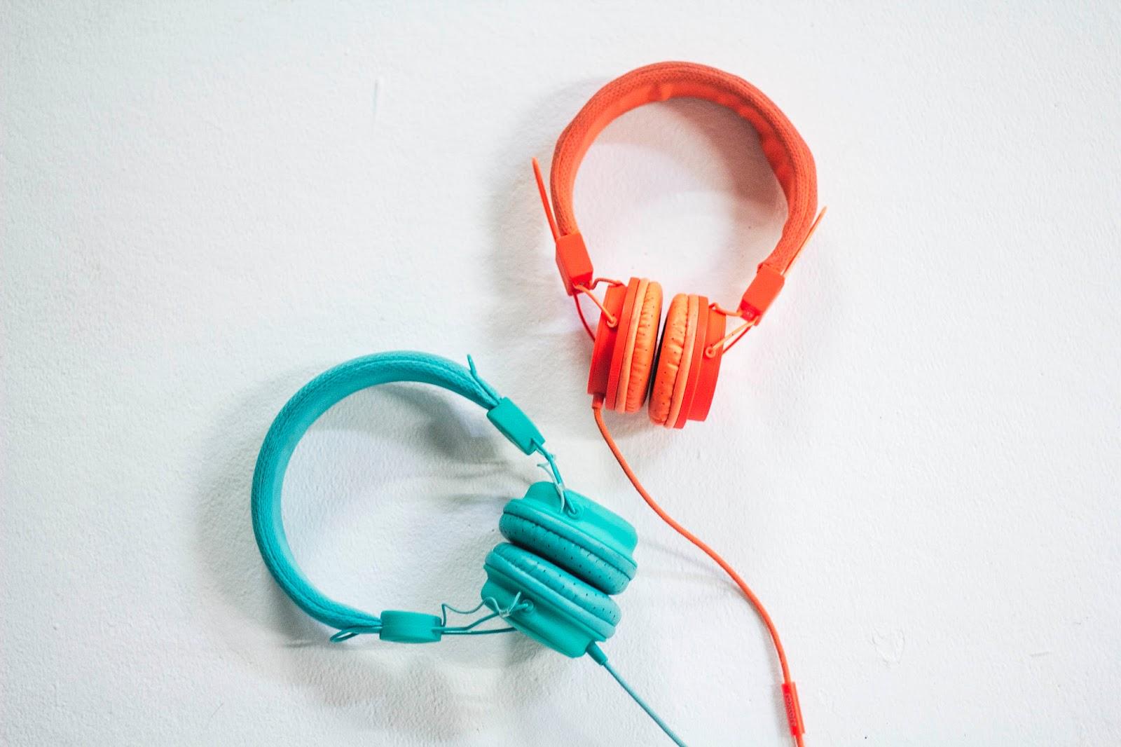 och till det ser man mig oftast iförd färgglada hörlurar 70ccef86c575c