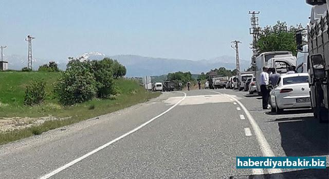 DİYARBAKIR-Lice-Kulp Karayolu'nda bir menfeze yerleştirilen el yapımı patlayıcı kontrollü bir şekilde imha edildi.