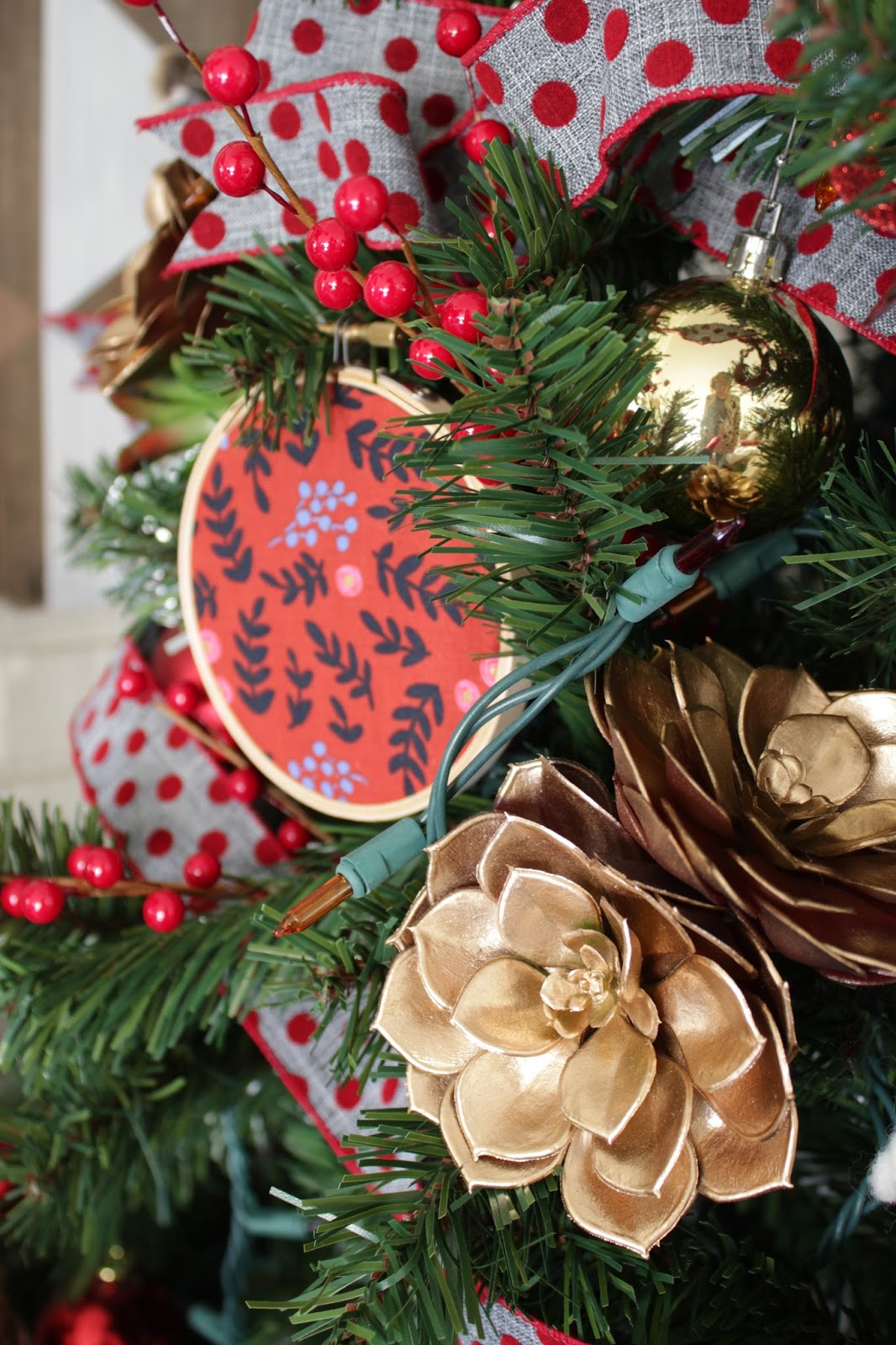 My Home Style: Artsy, Eclectic, Homemade Christmas Tree