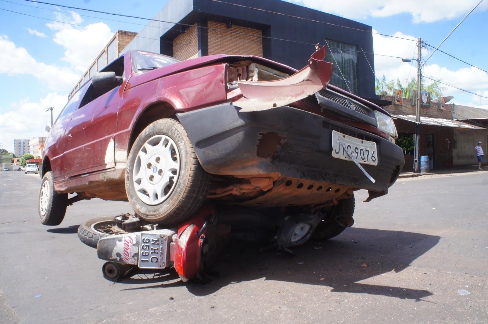 5fe56a04f42bc Por falta de atenção aconteceu Dois graves acidentes na tarde de quarta  feira em Imperatriz