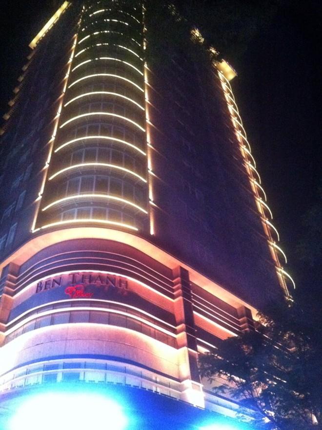 Đèn led dây chiếu sáng trang trí tòa nhà