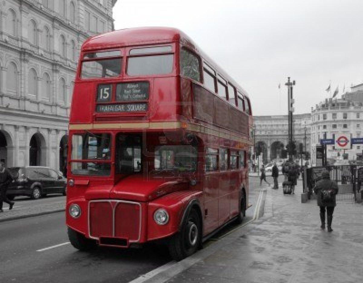Personajes Comunes En Un Viaje En Autobús: Autobús