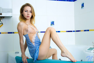 Nubiles Giselle Shower Show Full Image Set