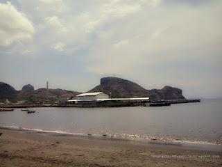 Pantai Benete 1