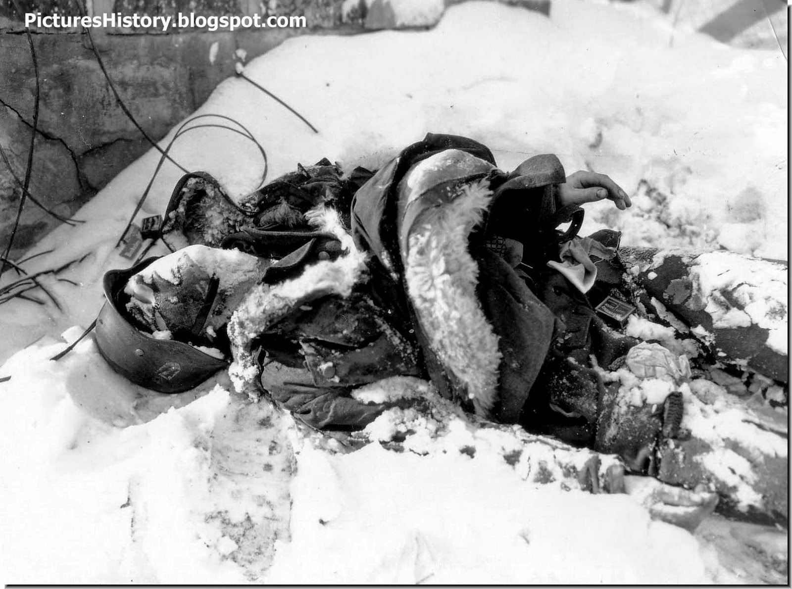 dead Waffen SS soldier  Battle of the Bulge 1945