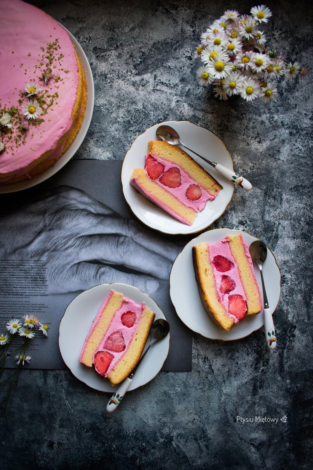 ciasto, deser, ptysiu mietowy