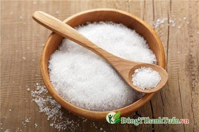chữa bệnh sâu răng hiệu quả bằng muối
