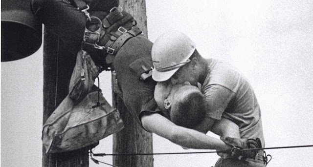"""""""O Beijo da Vida"""", vencedora do Prêmio Pulitzer de 1968"""
