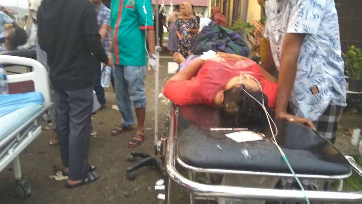 Foto-Foto Gempa Aceh Pidie