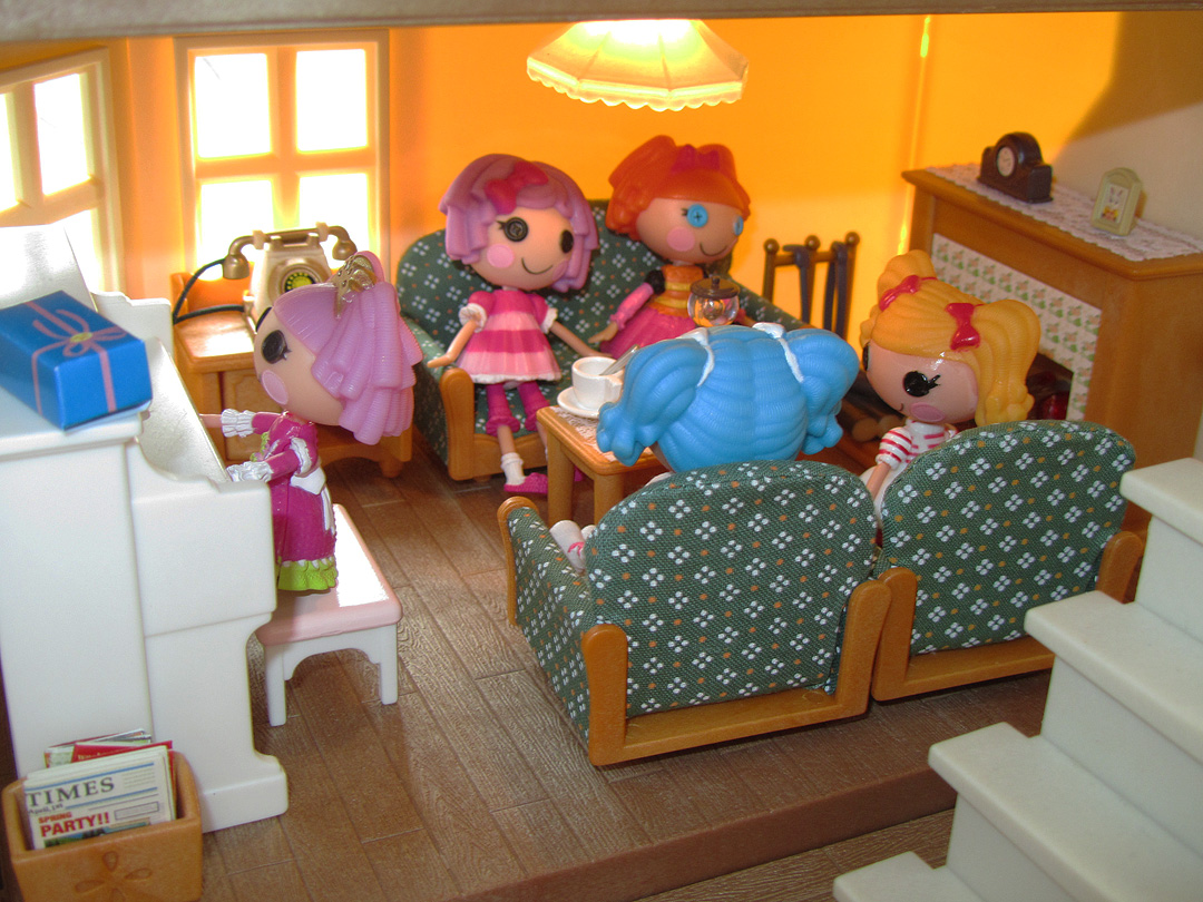 calico critters bedroom miniature monday 34 calico critters luxury townhome 10974