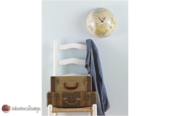 Travel-Inspired Decor 4