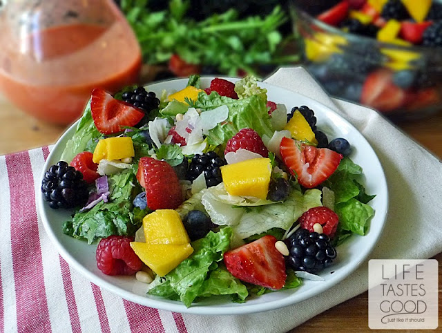 Mango Raspberry Vinaigrette | by Life Tastes Good is a little bit sweet, a little bit tangy, and a whole lot tasty! #SaladDressing #Fruit
