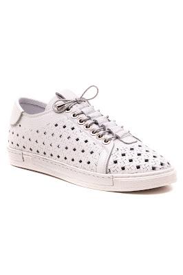 bayan spor casual delikli ayakkabı