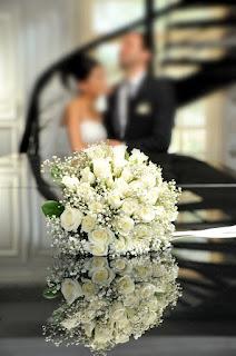 صور زفاف زواج مع باقة ورد