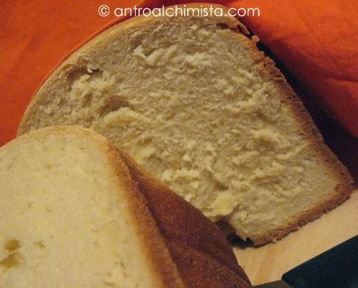Pane Bianco con la Macchina del Pane
