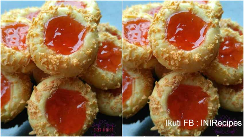 Resep Membuat Strawberry Thumbprint Cookies. Renyah dan Ueeenak Banget