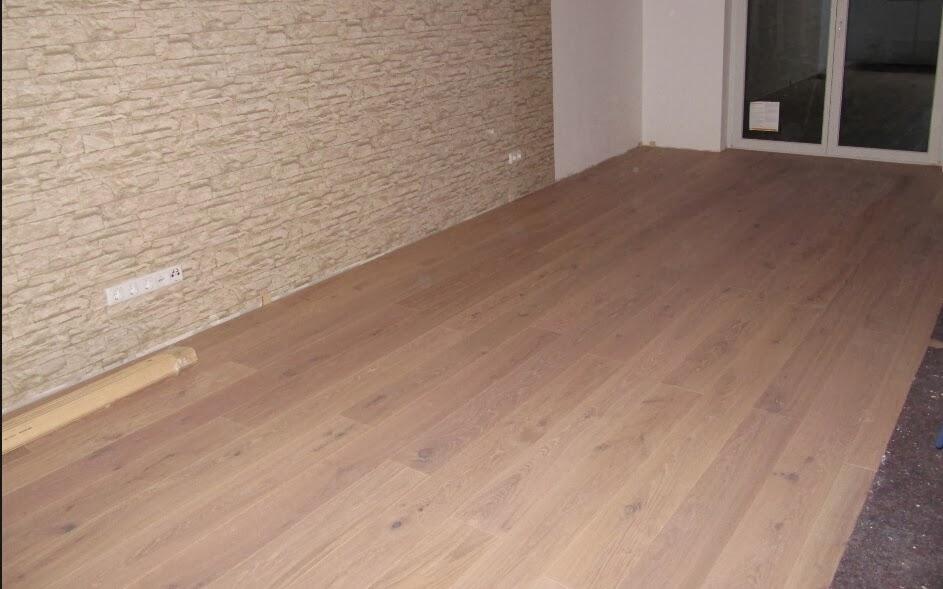 Ein Traum Wächst Wohnzimmerboden