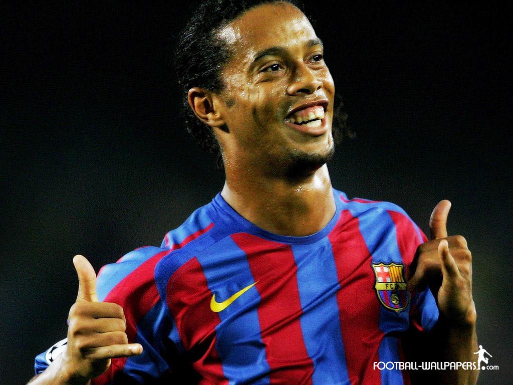 Ronaldinho Family foot ball: ronaldinho