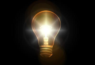 電球が光る瞬間であり、天才が何かを発見した比喩