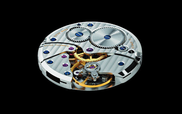 Revue Thommen Classical 82 Round Watch detail