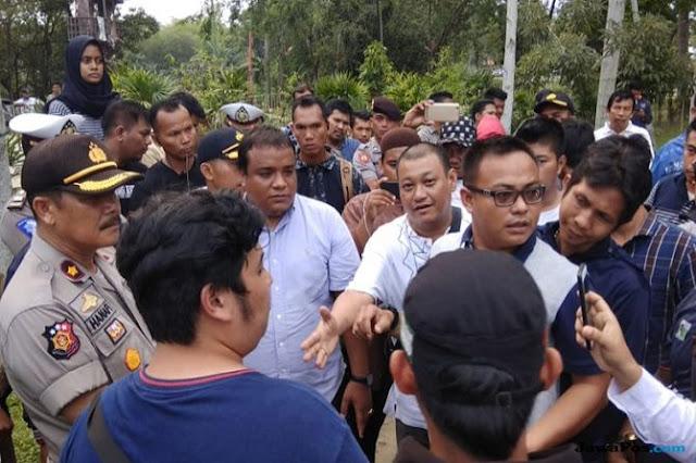 Dinilai Kampanyekan 'elgebete', FPI Ancam Bubarkan Konser Calum Scott di Pekanbaru