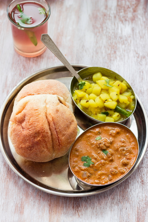 How to make goan bhaji pao, pav bhaji,  alsanyache tondak at One Teaspoon Of Life www.oneteaspoonoflife.com