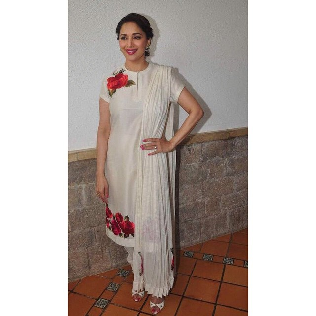 madhuri dixit , looks so gorgeous , in this rohit bal , outfit ,. bollywood , ce le b spot ting , fashion ,world fashion ,, Hot Pics of Madhuri Dixit At  Launch OF Contemporary Dance Festival 'Jugnee'