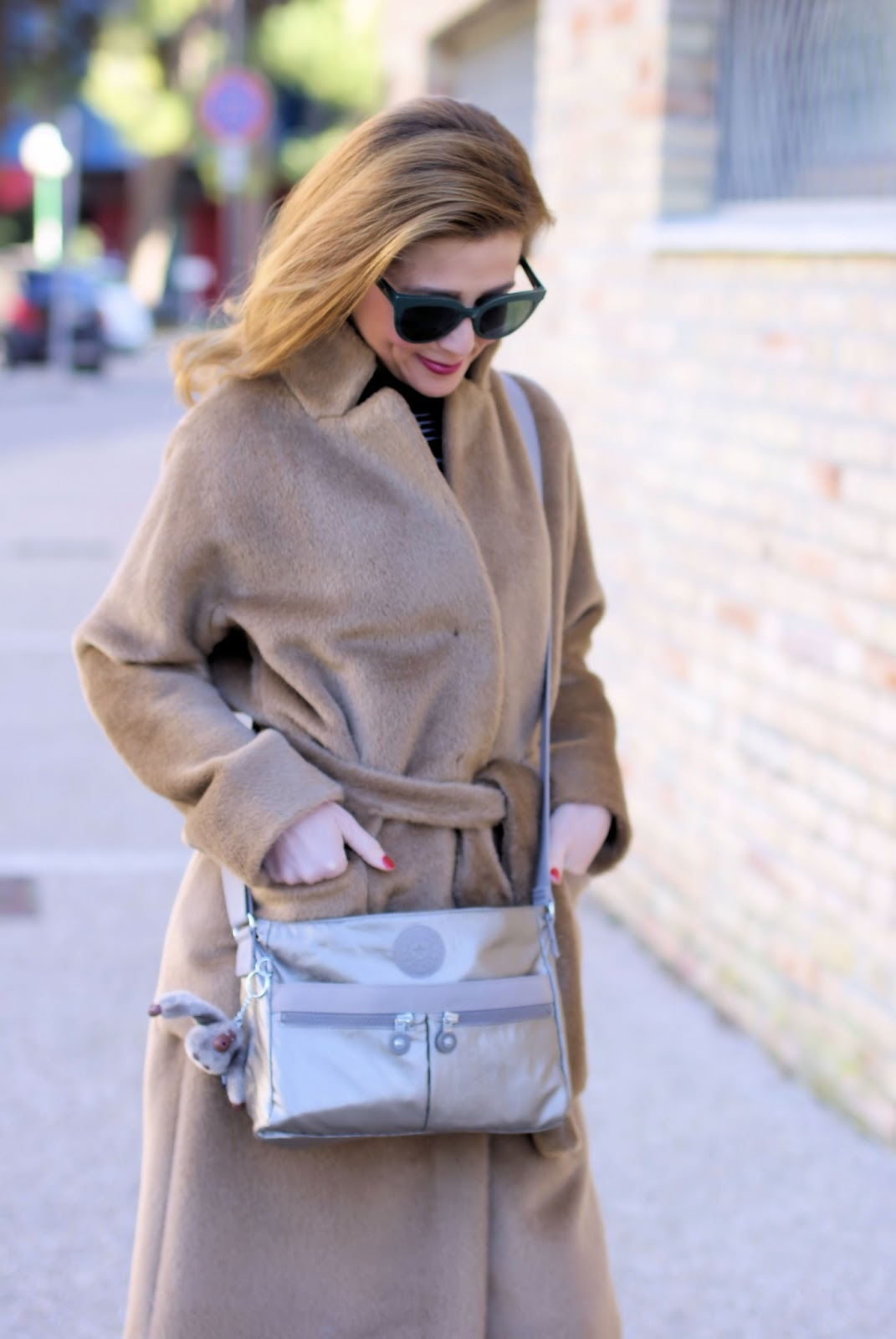 Kipling Angie metallic small shoulder bag, Max Mara Teddy Bear lookalike on Fashion and Cookies fashion blog, fashion blogger style