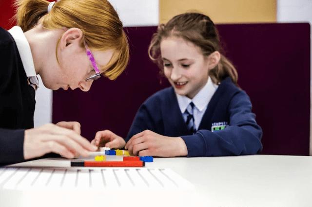 LEGO-ladrillos-alfabeto-braille