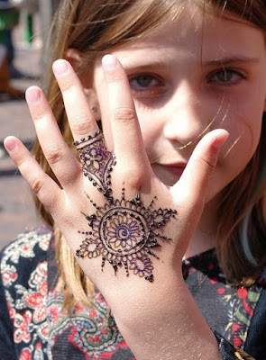 kids-simple-mehndi-designs-pattern-eid-collection-2016-17-8