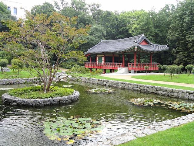 Jardim Coreano no Grüneburgpark