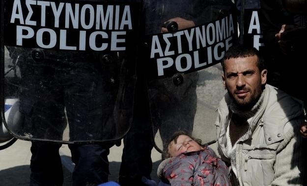 Πηγές Κομισιόν: Οι μετανάστες της Ειδομένης δεν θα σταλούν στην Τουρκία