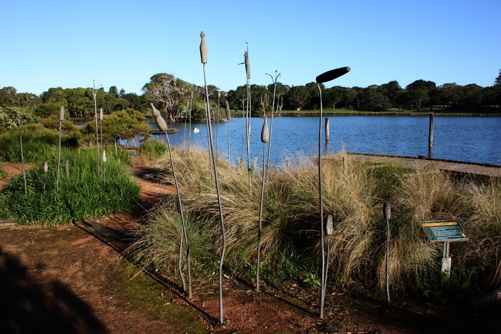 Sydney - City and Suburbs: Centennial Park, sculpture