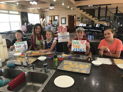 Michelle Duggar and kids