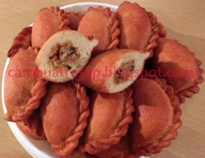Foto Resep Kue Panada Goreng Khas Manado Sederhana Spesial Renyah Crispy Asli Enak