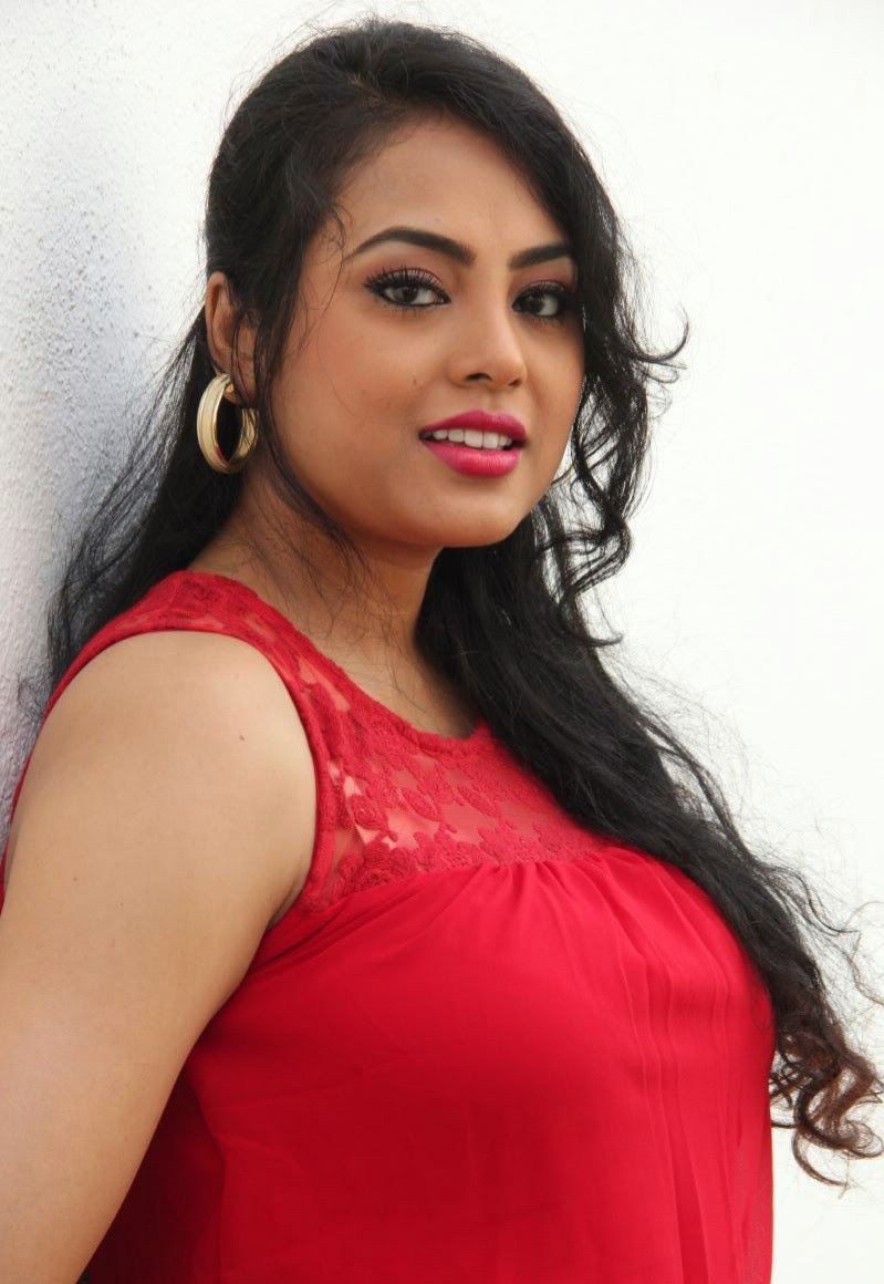 Payal Bhabhi in Sexy Looks | Hot and Sexy