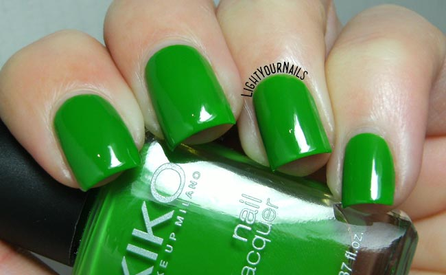 Smalto Kiko 391 Verde Erba // Kiko 391 Grass Green nail polish