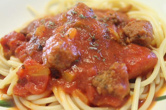 Spagheti Bolognese Azie Kitchen