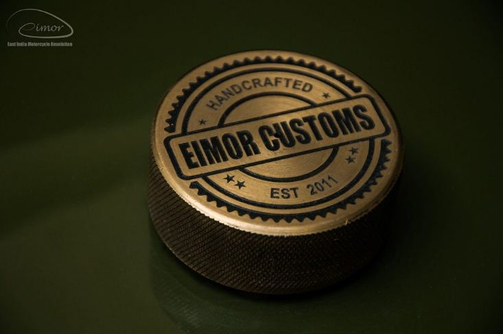 Royal Enfield Electra modified into military themes By Eimor