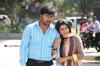 Kalaiyarasan Satna us Starring Yeidhavan Movie Stills  0012.jpg