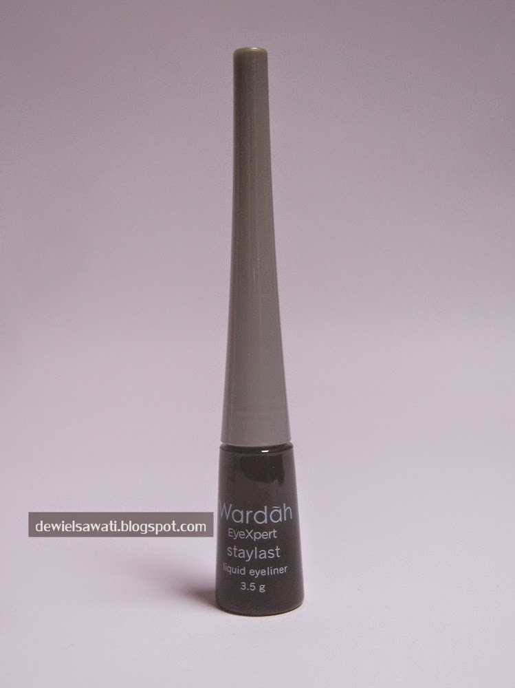 REVIEW Wardah EyeXpert Staylast Liquid Eyeliner - Old Sunday