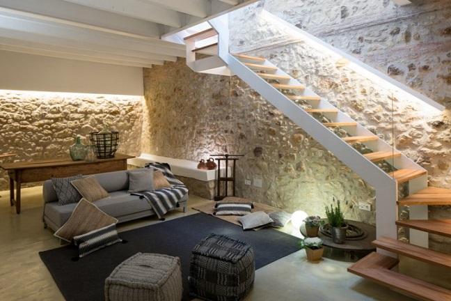 Estilo rustico casa rustica de piedra remodelada for Bar para casa rustico