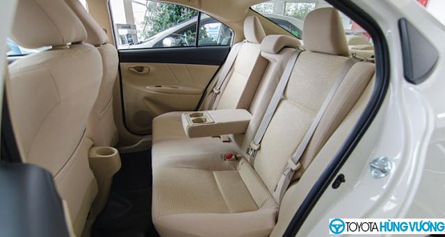So sánh Toyota Vios với Ford Fiesta 13