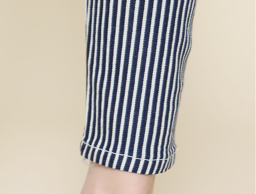 Pinstriped Slim Cropped Pants